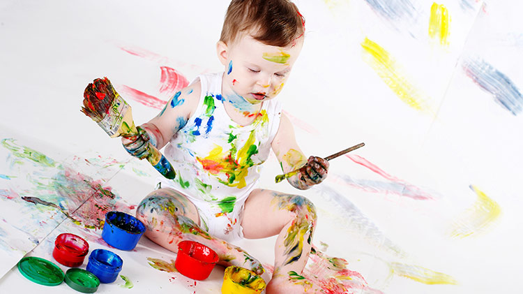 vz_arts_messy_art_toddler_750x421_jun15.jpg